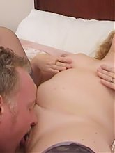 Mature blondie Eva gets her ripe pussy slurped and drilled by her ravenous lover live