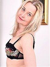 Nackte Reife Frauen Galerien, mehr als Sie sich nur wünschen.