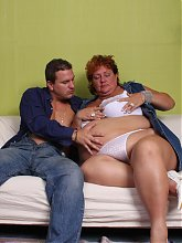 Sherry spreading her massive fat thighs on the couch and getting covered in fresh spunk